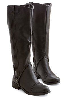 Meadowside Meander Boot in Black