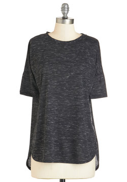 Easygoing Atmosphere Top in Charcoal