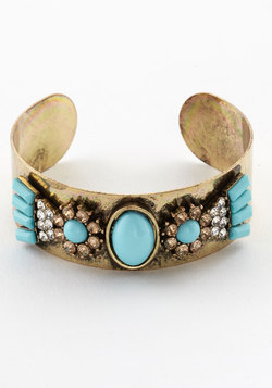 Poised for Pictures Bracelet