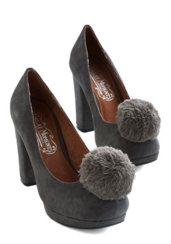 Pom, Cool, and Collected Heel