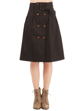 Moment of Sleuth Skirt in Black