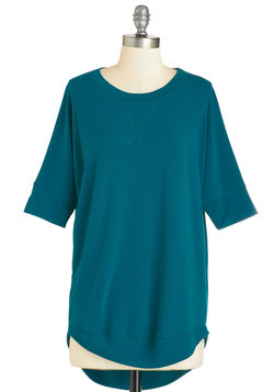 Best of Basics Top in Teal