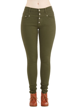 Karaoke Songstress Jeans in Olive
