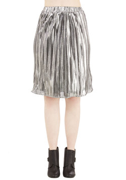 Can't Stop Me Wow Skirt in Silver