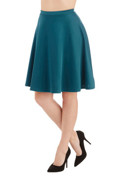 En Pointe Accompanist Skirt in Peacock