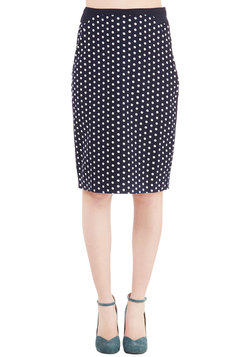 Connoisseur of the Moment Skirt in Navy