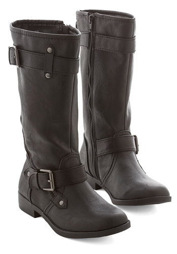 Winding and Weaving Boot - Low, Faux Leather, Black, Solid, Buckles, Better, Casual, Urban