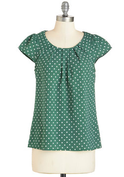 Steal the Show Top in Green Dots