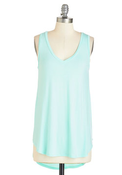 Endless Possibilities Tunic in Mint
