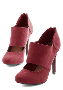 Props to Your Panache Heel in Cranberry