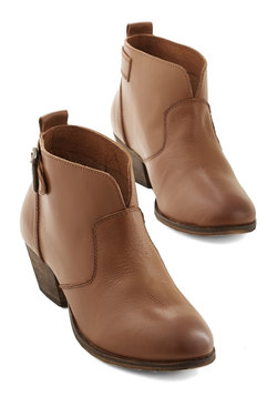 Step Up to the Fete Bootie in Cognac
