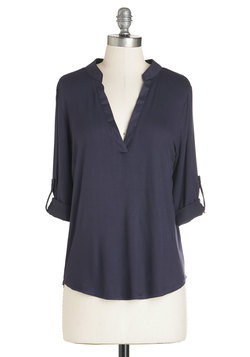Fundamentals of Style Top in Navy