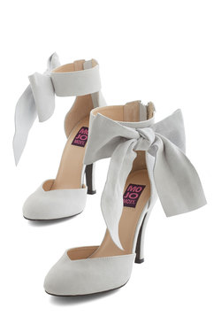 Just Add Fab Heel in Alabaster