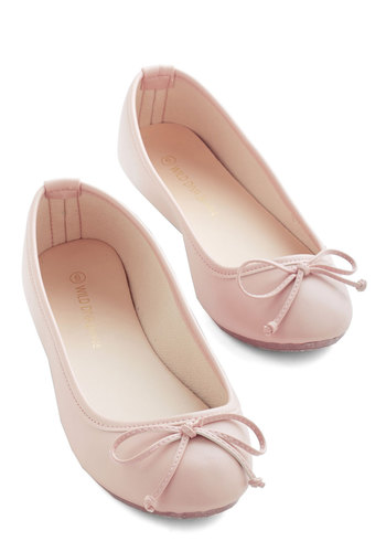 Jaunty Saunter Flat in Blush $29.99 AT vintagedancer.com