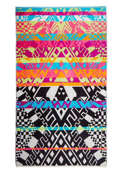 Beachside Boldness Towel in Geometric