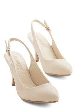 Slingback to the Basics Heel in Cream