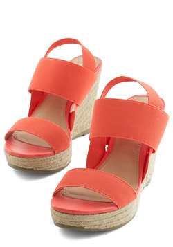 Stand by Your Bands Wedge in Coral