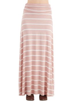 Delve into Delight Skirt in Dusty Rose