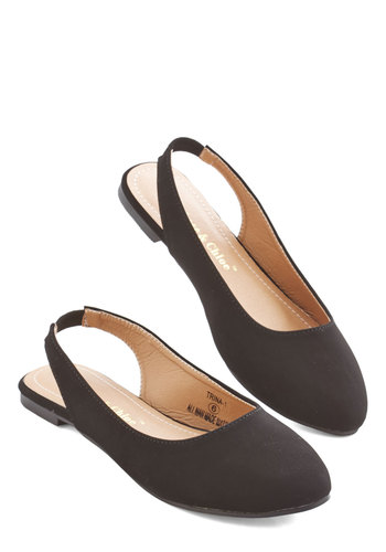 Go-To Glamour Flat in Black