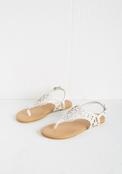 Engagement Picnic Sandal in Ivory
