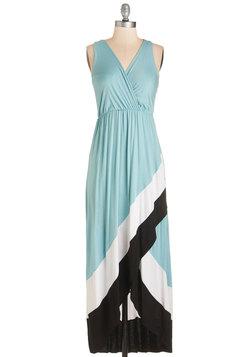 Type Bay Personality Dress