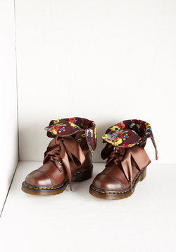Dr. Martens March in Pep Boot