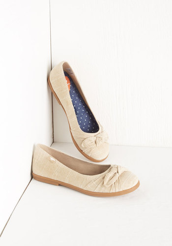 Ready or Knot Flat in Khaki