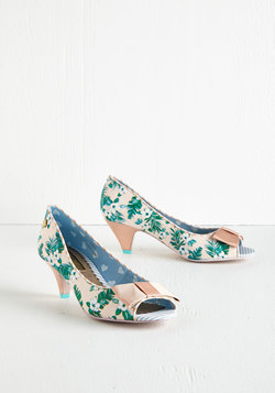 Bloom at the Top Heel in Blush