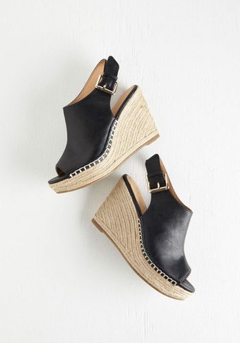 Bungalow Boogie Wedge