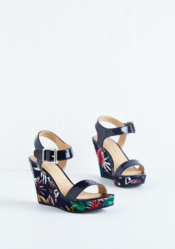 Tropic Me Up Wedge