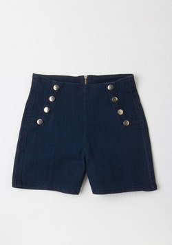 Sailorette the Seas Shorts in Dark Wash