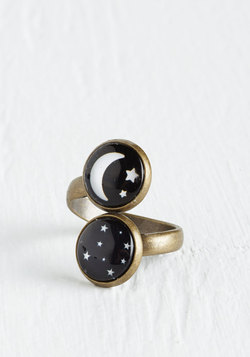 Spaced Haute Ring