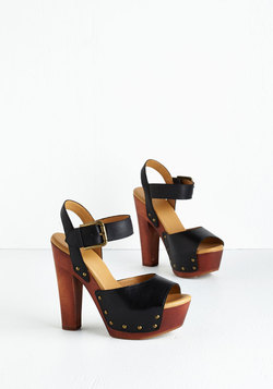 Sass in the City Heel