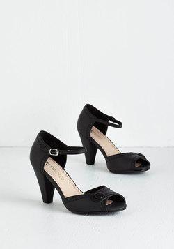 Marvelous Maven Heel in Black
