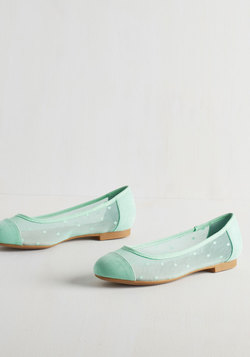 Confection Perfection Flat in Mint