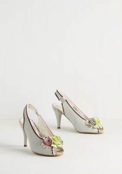 Song and Romance Heel in Stone