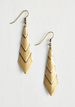 On Point! Earrings in Gold