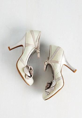 Convivial Companion Heel in Silver