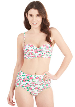 Betsey Johnson Spring in the Occasion Swimsuit Top