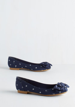 Home Aweigh from Home Flat in Navy