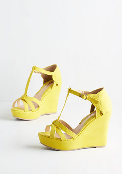Platforms and Functions Wedge in Lemon