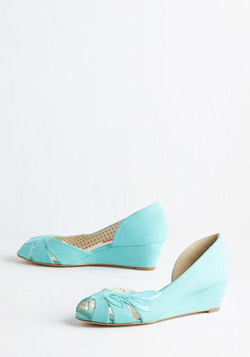 Two Can Play Bliss Game Wedge in Aqua
