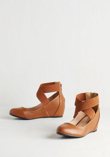 Limitless Loveliness Wedge in Cognac