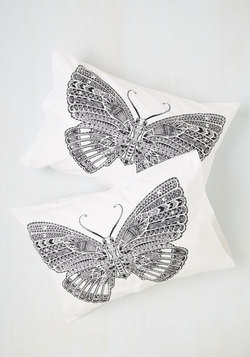Get a Wing of Sleep Pillowcase Set