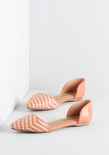 Like a Natural Woven Flat in Coral