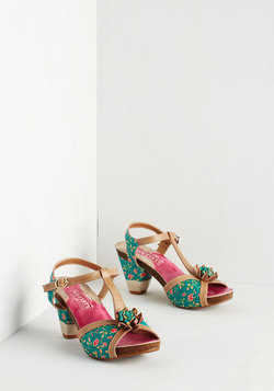 Botanical Brilliance Heel