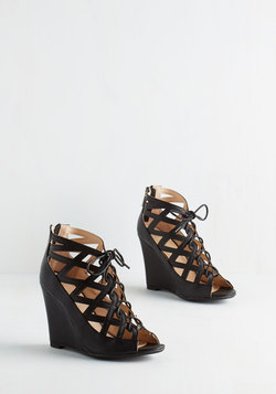 Vixen Match Wedge in Noir