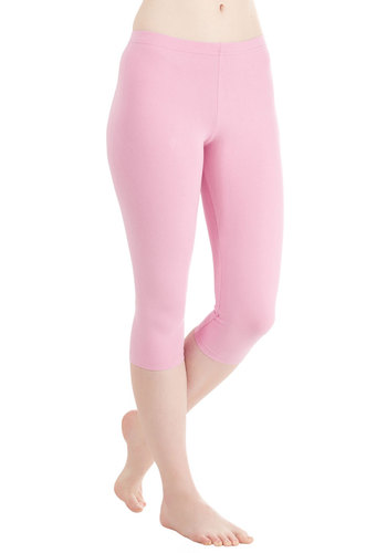Rise to the Crop Leggings in Orchid