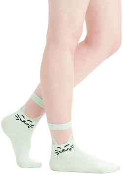 Play to Grin Socks in Mint