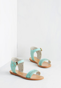 Pep Up the Pace Sandal in Mint